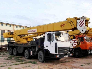 arenda-avtokrana-50-tonn-KS-6476