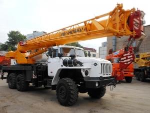 Arenda-avtokrana-25-tonn-vezdehod-ural-ks-45717-1-web
